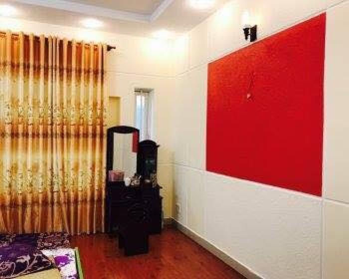 Bán tòa nhà MT Nguyễn Chí Thanh 7.8x28m, hầm 7 lầu, ST, HĐ thuê 270tr/th