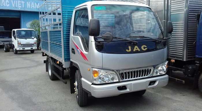 Xe tải nhẹ 2,4 tấn JAC giá tốt