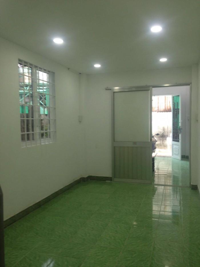 Tôi chính chủ cần bán gấp căn nhà ngay đường Nguyễn Văn Tăng, P.Long Thành Mỹ, Q9, SHR