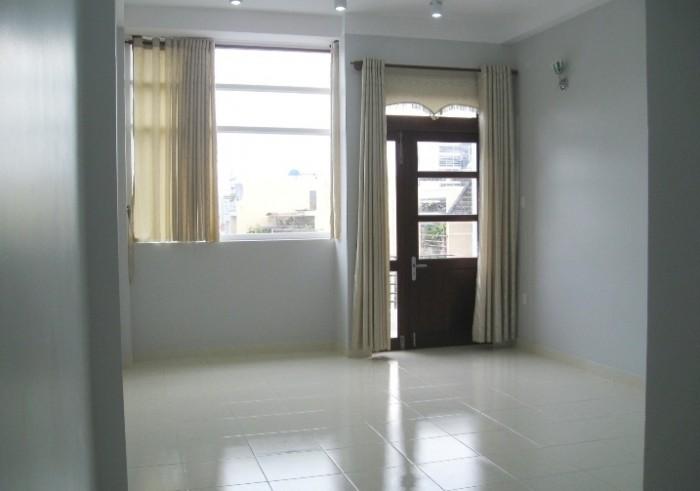 Phòng 23m2, WC riêng, giờ giấc tự do, quận Phú Nhuận.