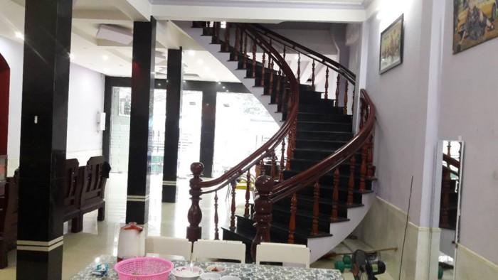 Bán khách sạn mặt tiền Phan Bội Châu Phường trường An thành Phố Huế
