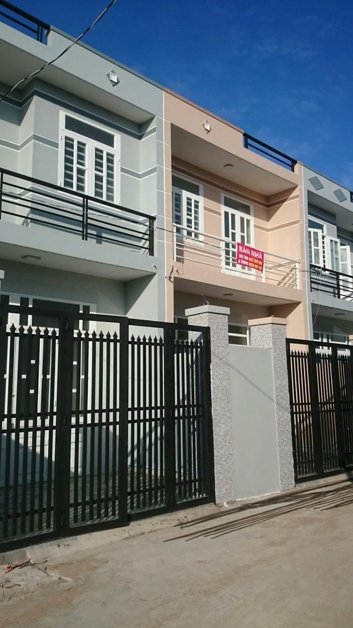 Nhà bán 1 trệt 1 lầu xây mới, DT 4x25m, SHR, 3PN ngay chợ Gò Đen, chính chủ giá 520tr.