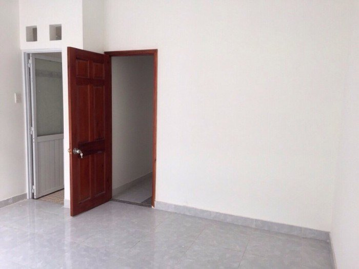 Nhà nguyên căn 3 lầu đúc 1750/70 TL10, BT hẻm 7m