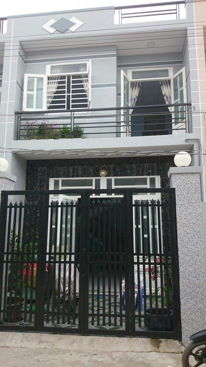 Nhà Phố 1L, 3PN, SHR gần chợ Gò Đen cách chợ Bình Chánh 3km giá chỉ 490tr.