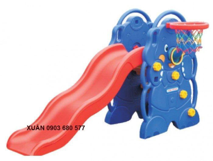 Cầu trượt liên hoàn và đồ chơi mầm non9