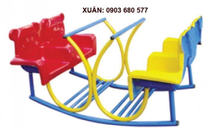 Đồ chơi an toàn cho trẻ - bập bênh nhựa đúc3