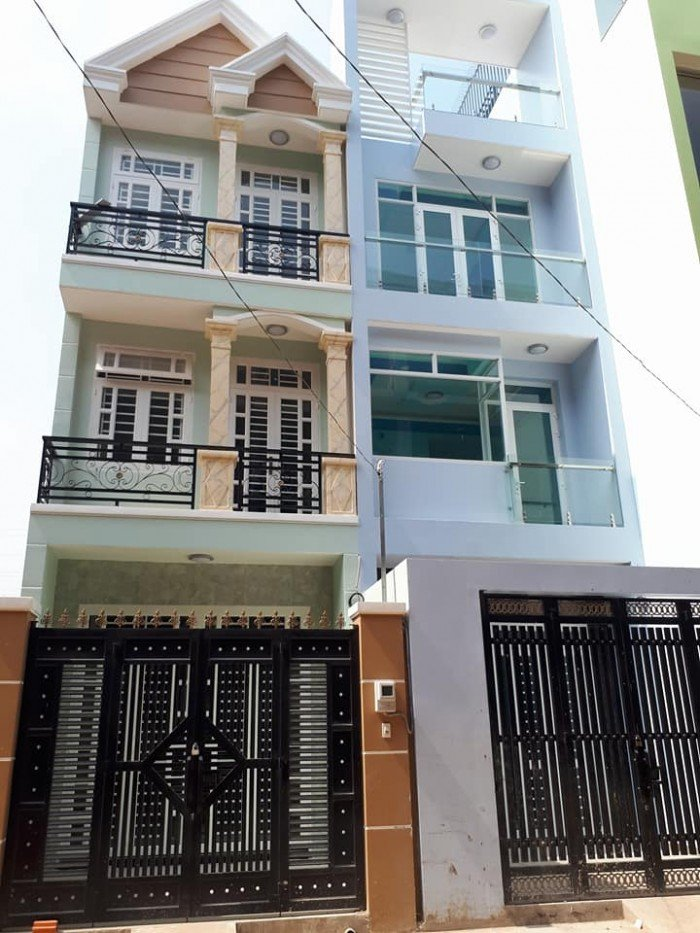 Bán nhà ngay ngã ba Đông Quang, Quận12