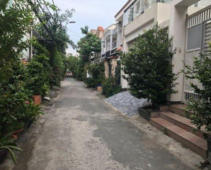 Biệt thự Mặt Tiền Nguyễn Bá Huân, Thảo Điền, Quận 2, 3 lầu, quá rẻ. Hiện tại đang cho thuê