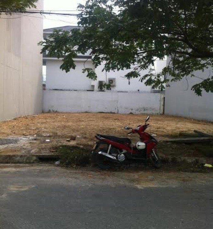 Bán đất Thạch Bàn, 33m2, mặt tiền 5,2m, cách 1 nhà ra đường to
