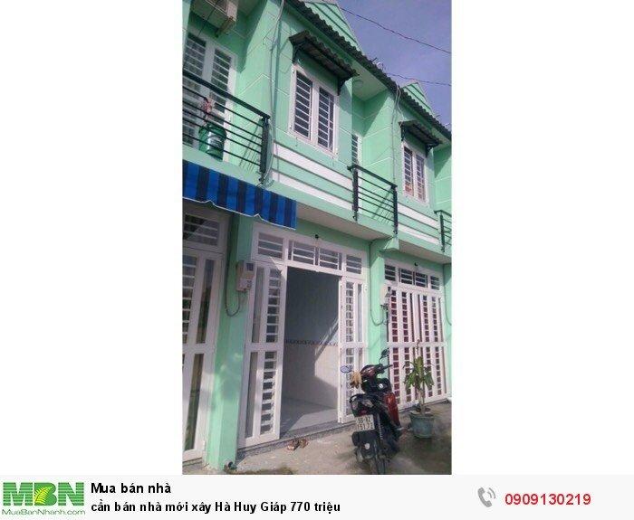 Cần bán nhà mới xây Hà Huy Giáp 770 triệu