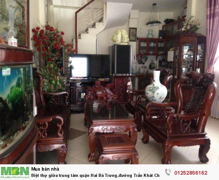 Biệt thự giữa trung tâm quận Hai Bà Trưng,đường Trần Khát Chân,DT 185m2