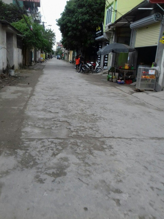 Bán mảnh đất kinh doanh  xầm uất ở Cửu Việt.