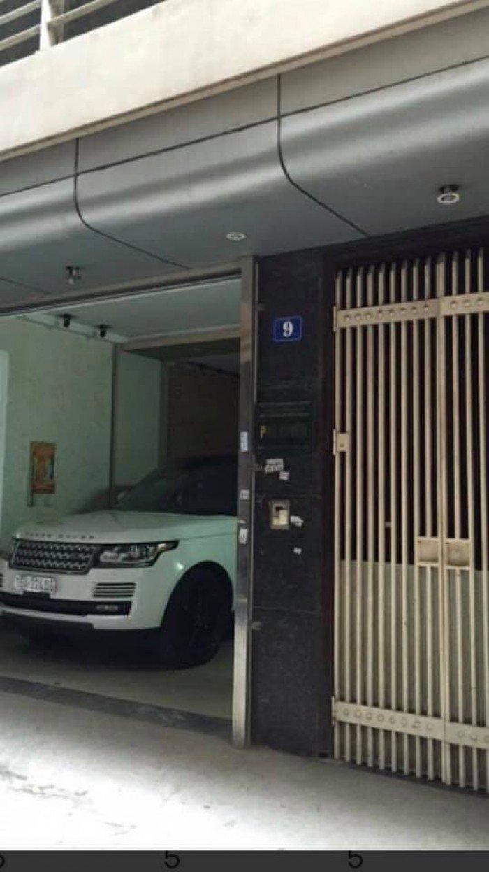 Bán nhà riêng đường Nguyễn Khang, 65m2, 5 tầng, MT 7m, ô tô vào nhà.