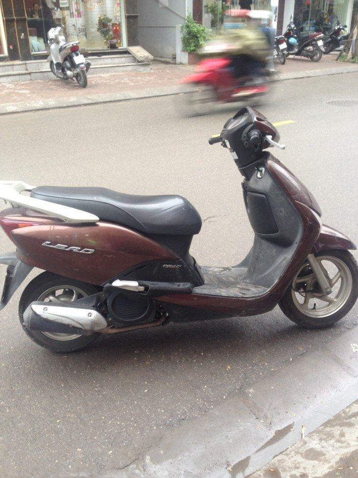 Cần bán Honda Lead màu nâu đen đăng kí 2010