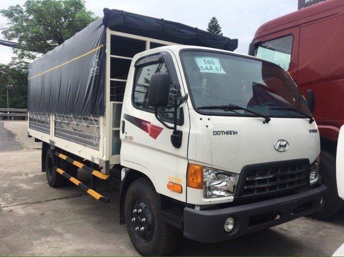 Xe tải Hyundai HD120s - Tải trọng 8 tấn - thùng mui bạt