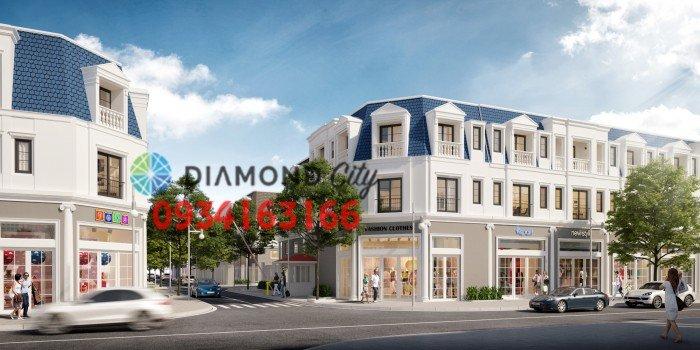 Nhà phố 5x18 mặt tiền đường 21m khu đô thị Diamond City An Giang