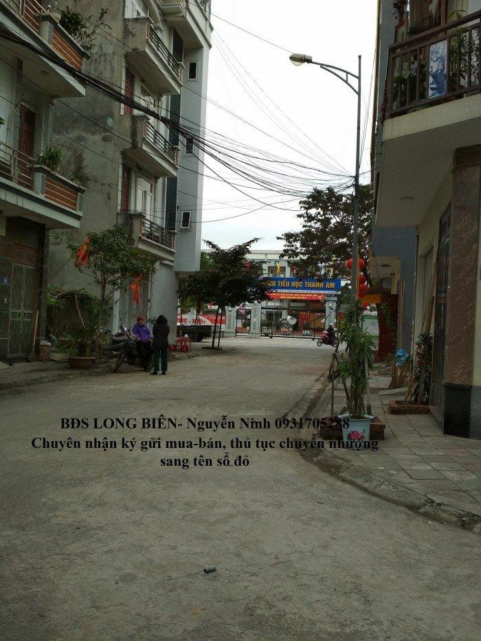 Bán đất 40m Xóm Lò,khu tái định cư Thượng Thanh,Đông Nam giá rẻ.