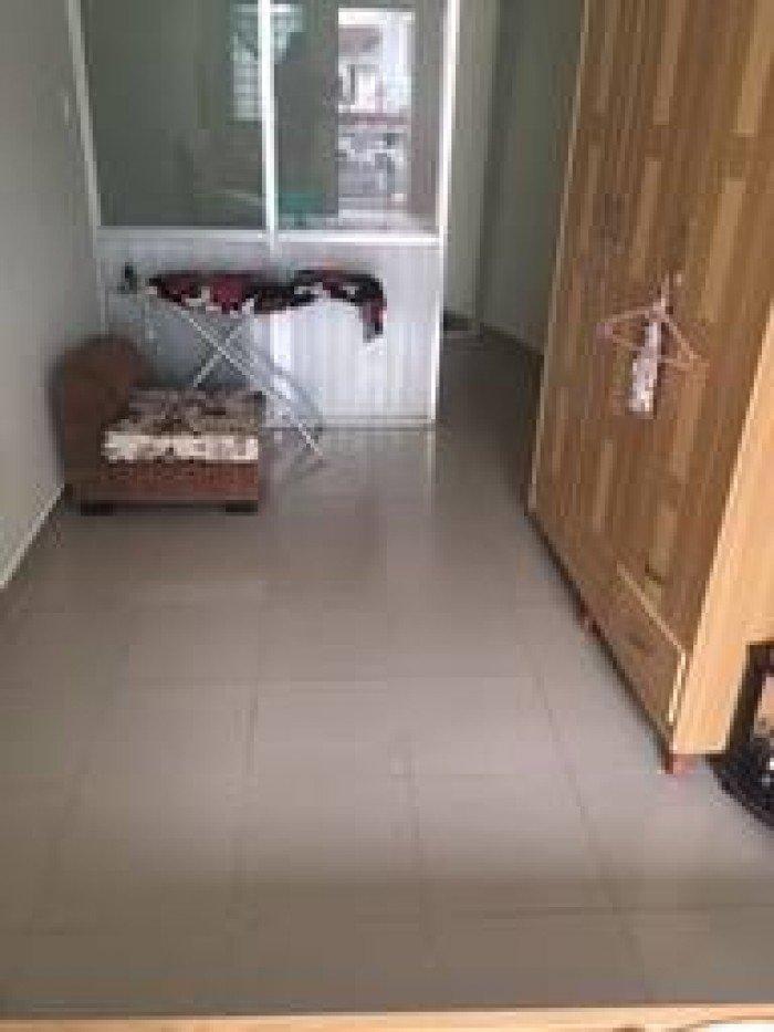 Nhà lô góc 2 mặt thoáng.  Trần Quang Khải DT 28m2 (dài 10 x ngang 2.8) , phường Tân Định Quận 1.