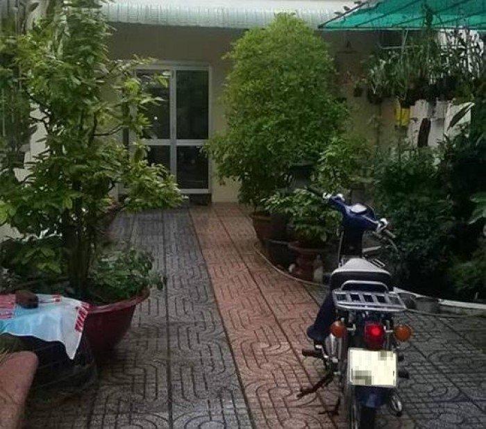 Bán nhà 5T ngõ 180 Nguyễn Lương Bằng, có sân vườn, ngõ 3m