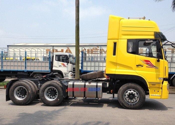 Bán xe đầu kéo YC375 (6x4) DongFeng hoàng huy nhập khẩu 2017 - 2018