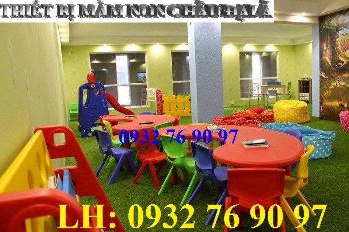 Bàn ghế trẻ em, bàn nhựa hình bán nguyệt cho bé mầm non nhập khẩu nguyên kiện2