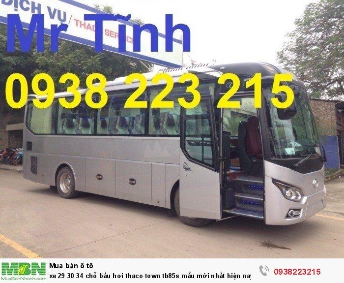 Xe 29 30 34 chỗ bầu hơi Thaco town tb85s mẫu mới nhất hiện nay