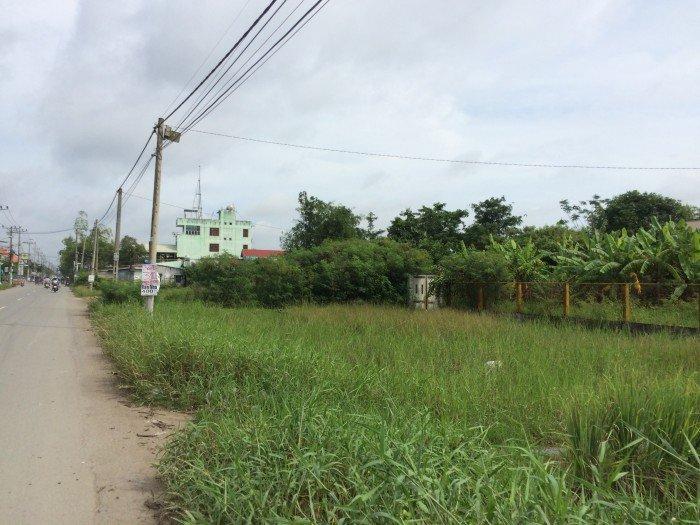 Tôi có lô đất 2500m2 mặt tiền đường Bùi Văn Sự, chiều ngang khủng 52m, giá chỉ 2,5tr/m2