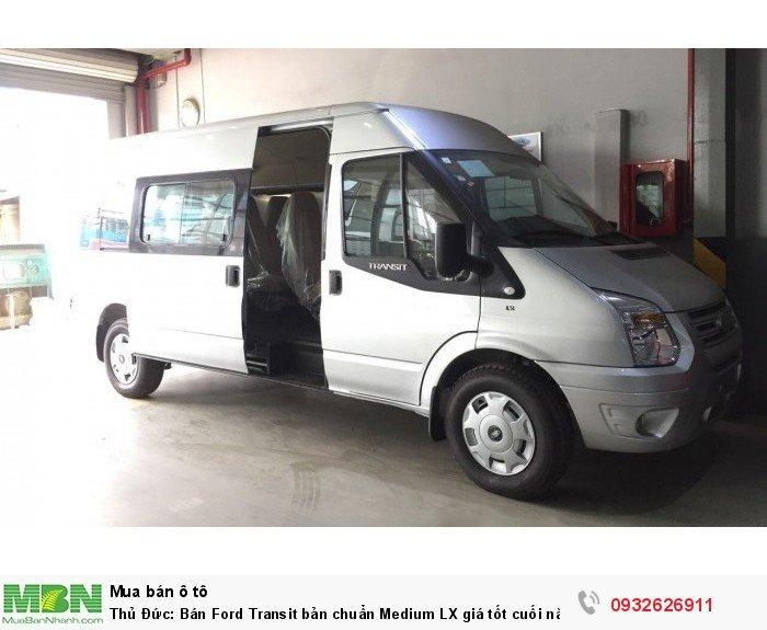 Bán Ford Transit bản chuẩn Medium LX giá tốt cuối năm