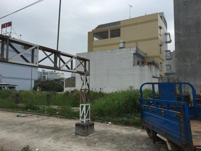 Nợ nần quá nên bán 100m2 mặt tiền đường Nguyễn Hoàng Q2 SHR 57tr/m2