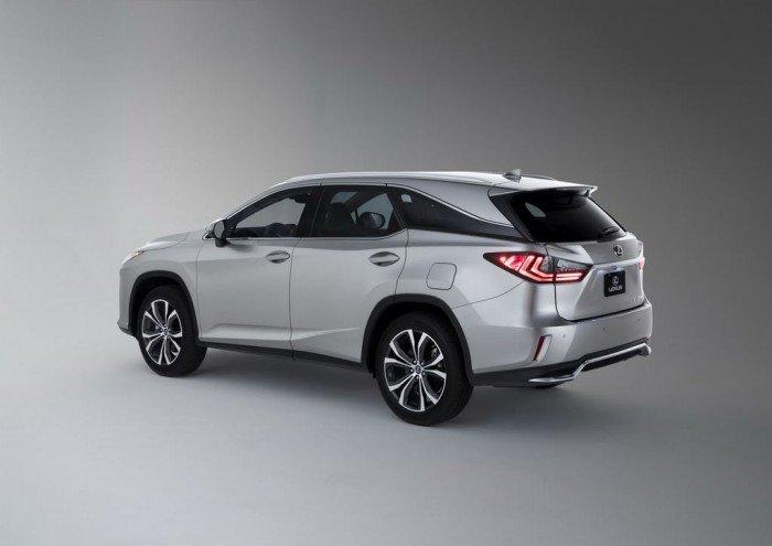 Lexus chính thức cho ra mắt RX 350L tại triển lãm Los Angeles