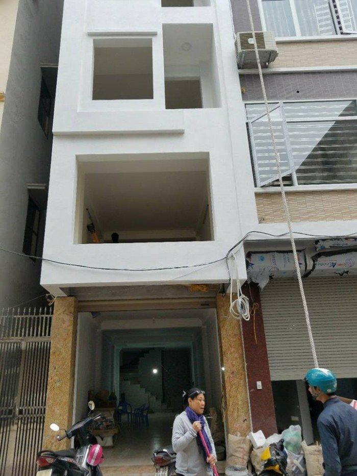 Chính chủ cần bán nhà mặt phố Lê Đại Hành,DT85m2