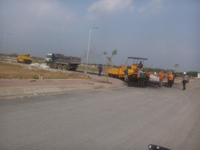Đường Nguyễn Văn Tạo Hiệp Phước đất 90m2 đường 30m vào xây dựng ngay