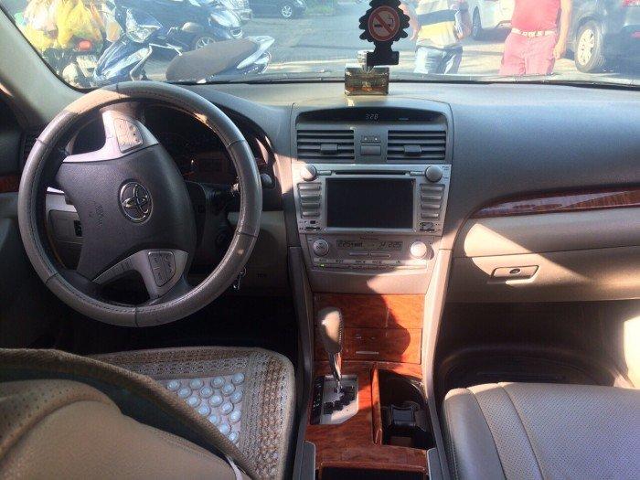 Cho thuê xe ô tô Toyota Camry 2010 giá rẻ bất ngờ dịp tết âm lịch 2018