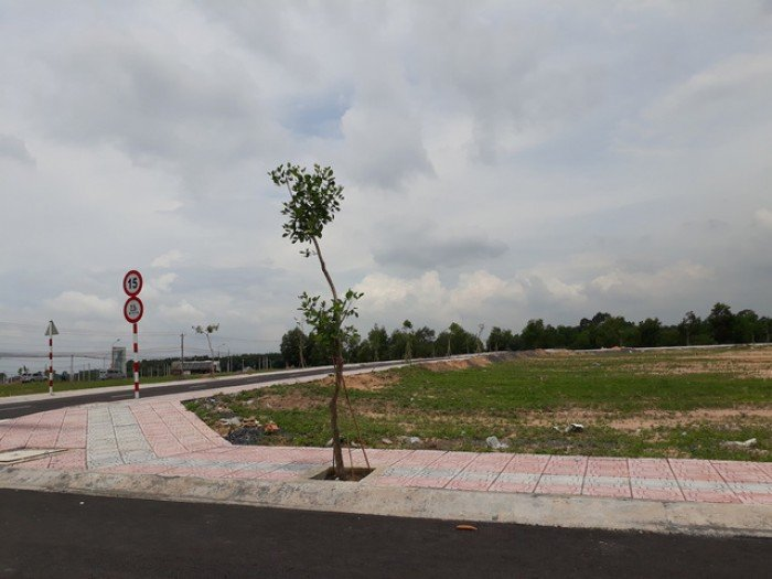 Đất nền KĐT sân bay Long Thành, LK chợ, dân cư, trường học,đường 20m,ưu đãi năm mới 120m2