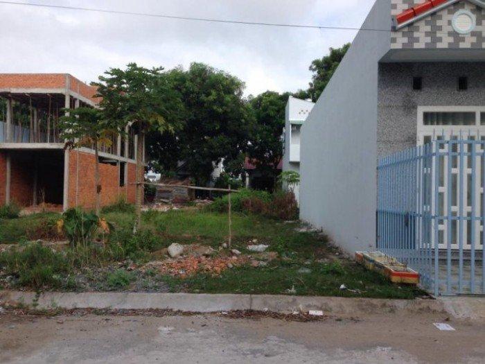 Nhà về quê cần sang gấp đất Tân Tạo A, Bình Tân