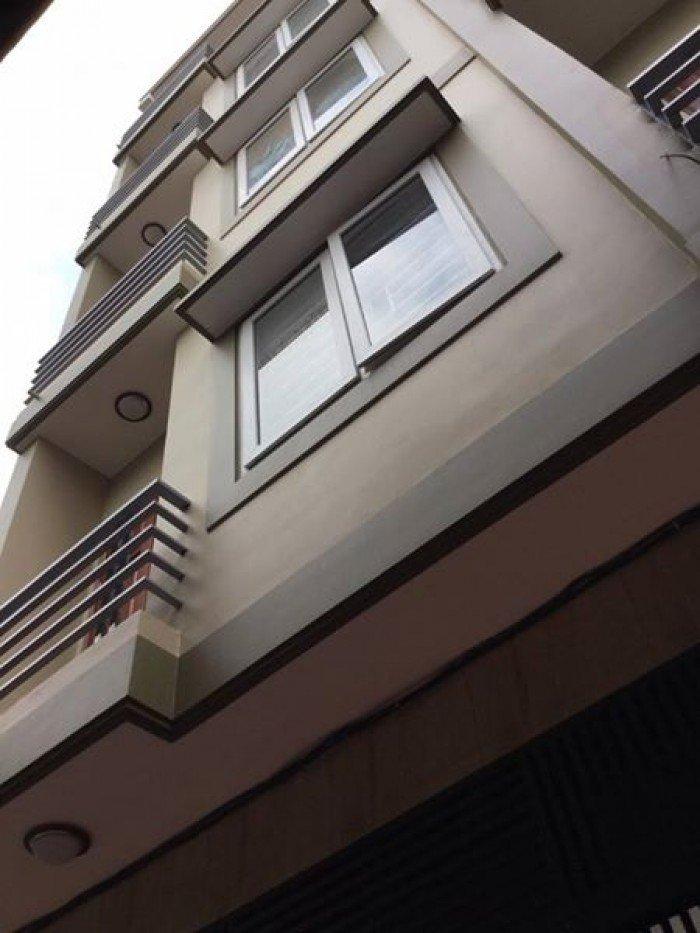 Nhà lô góc Trương Định 6 tầng mặt tiền 4.6m kinh doanh tốt