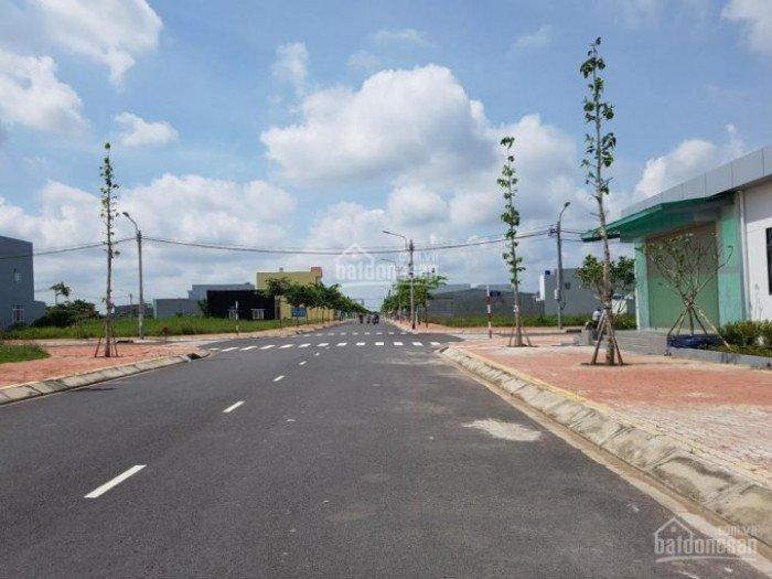 Bán gấp nhiều lô đất Nguyễn Văn Tạo, Nhà Bè giá tốt 5x20 650tr SHR