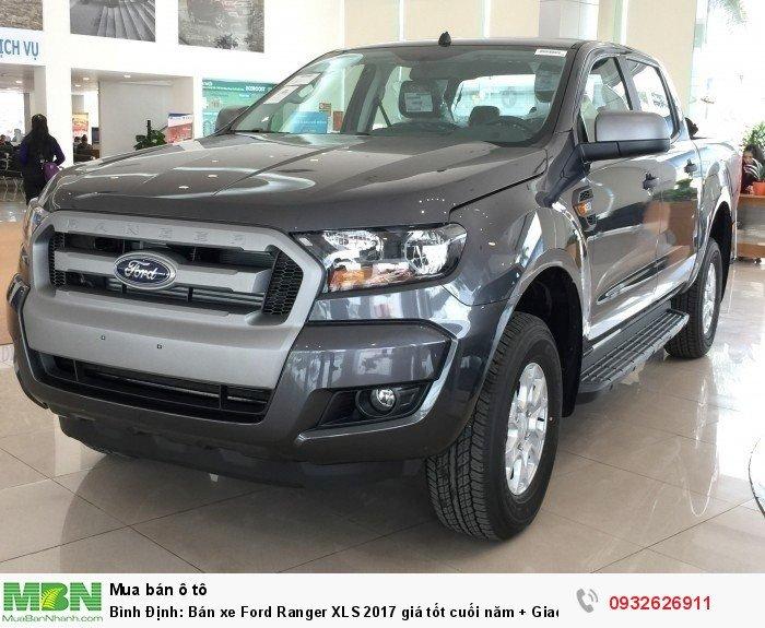 Bình Định: Bán xe Ford Ranger XLS 2017 giá tốt cuối năm + Giao xe trong tuần 2