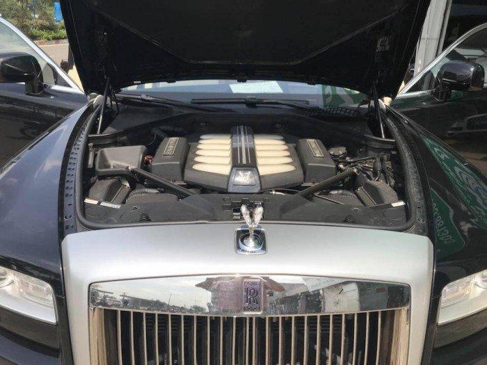 Cần bán xe Rolls-Royce Ghost 2010 màu đen vip động cơ V12 6.6l twin turbo 6