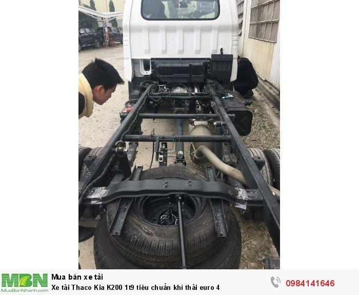 Xe tải Thaco Kia K200 1t9 tiêu chuẩn khí thải euro 4 4