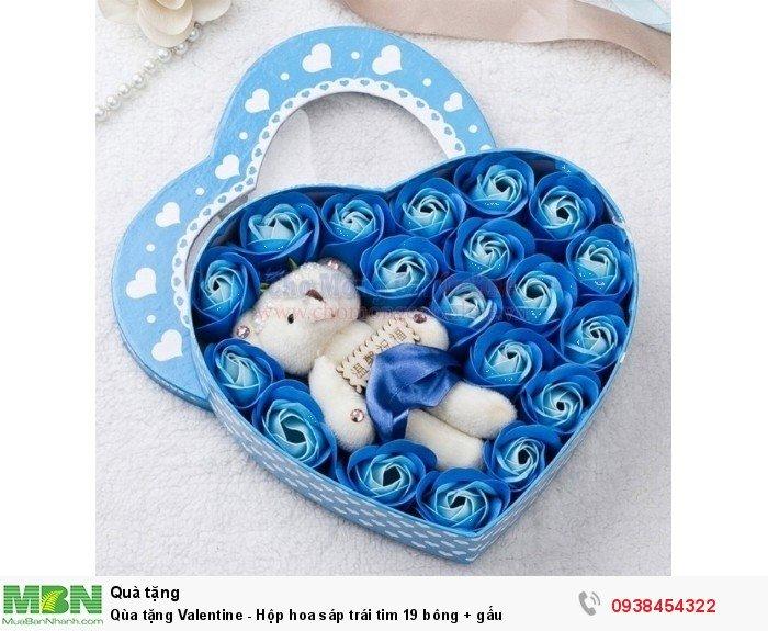 Qùa tặng Valentine - Hộp hoa sáp trái tim 19 bông + gấu