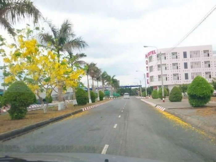 Cần bán đất diện tích lớn cận chợ Phú Hữu đường Nguyễn Duy Trinh quận 2, sổ riêng