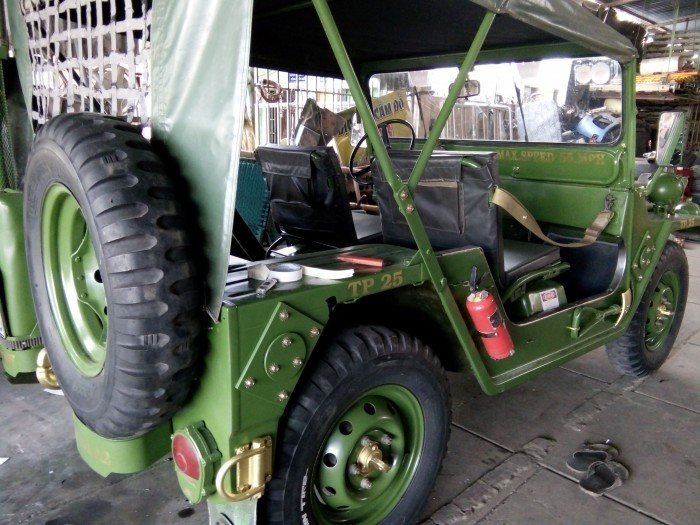 Jeep lùn A2 dang ky lan dau 2013 xe zin 98% 2 cầu diện 24v 2