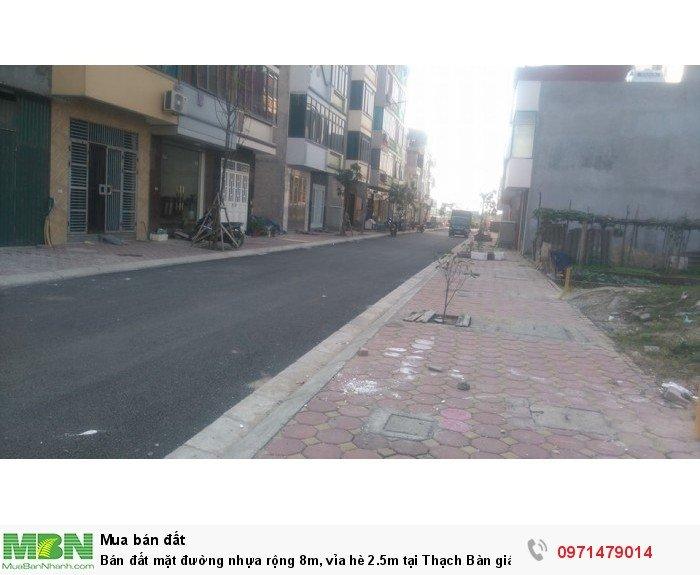 Bán đất mặt  đường nhựa rộng 8m, vỉa hè 2.5m tại Thạch Bàn