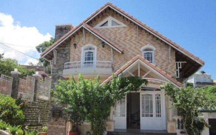 Cần bán gấp biệt thự lô góc 2 mặt tiền, ngay khu trung tâm Tên Lửa, quận Bình Tân.