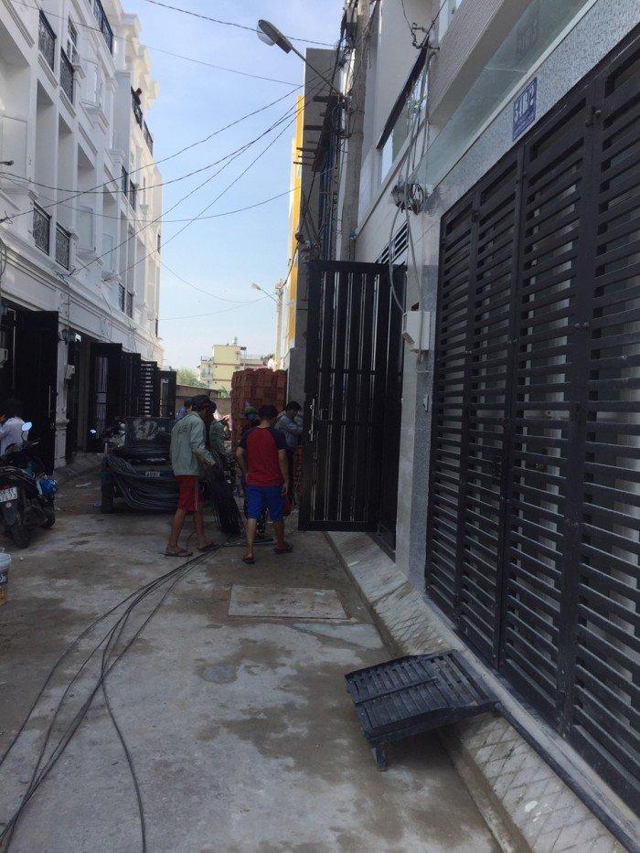 Bán nhà đường nội bộ ngay Phạm Văn Đồng khu nhà hàng bên sông Hiệp Bình Chánh
