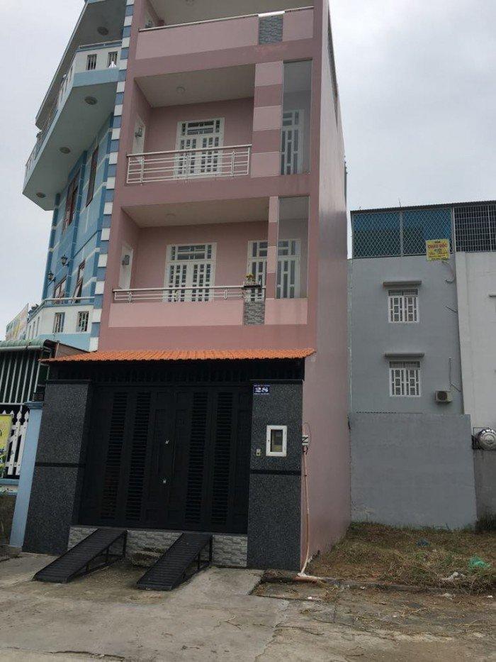 Bán nhà mới đường Phú Thuận 97m2 quận 7 SHR