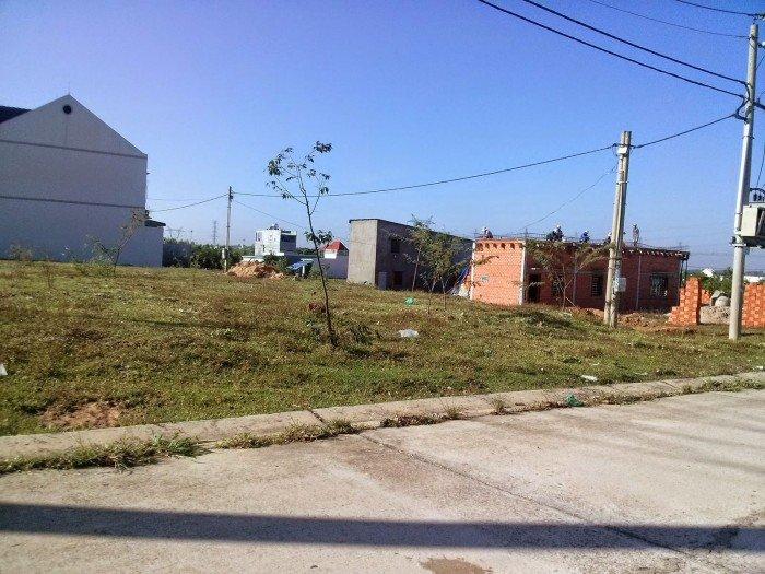 Đất mặt tiền đường quận 2.sổ hồng riêng .thổ cư 100%