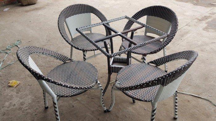 Thanh lý lô ghế dĩa mây cho kinh doanh quán ăn, quán cafe. Liên hệ: 0906843059 Lê Hoàng0