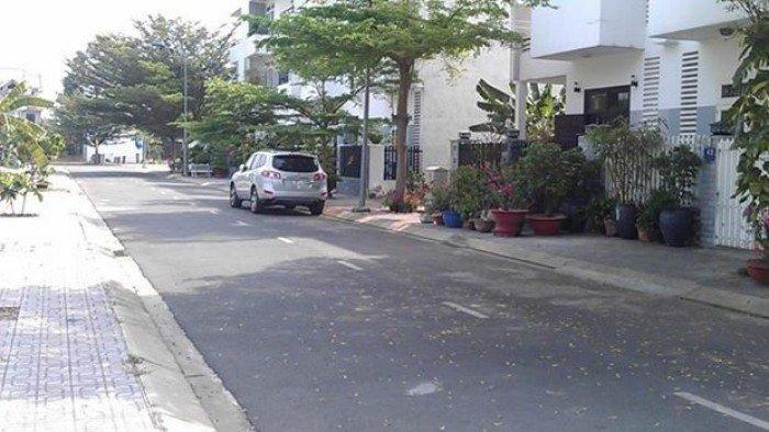 100m2 đất MT Nguyễn Duy Trinh, Quận 2, sổ riêng